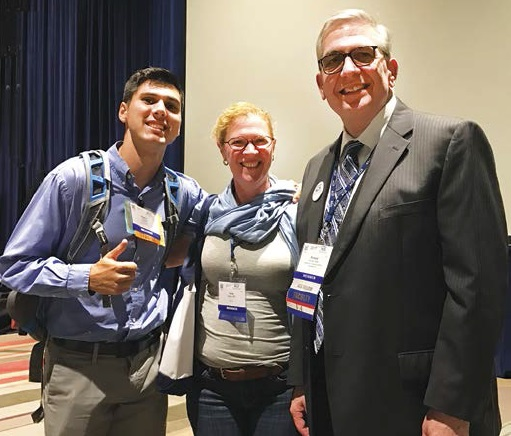 #AGS17 attendees pose with Dr. Richard Allman, 2017 Henderson State-of-the-Art Lecturer, following his talk on developing better health systems for older adults.